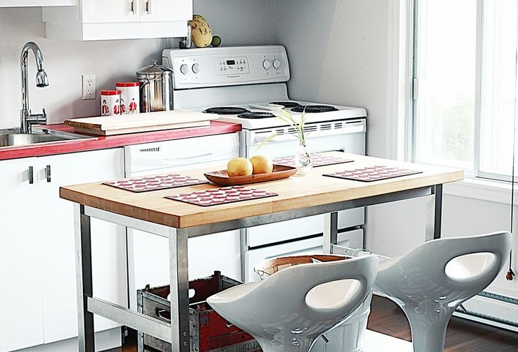 20 Functional Kitchen Island Examples For A Small Apartment